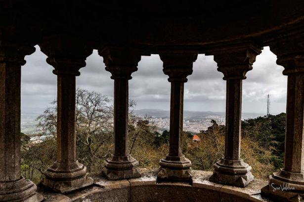 Vista de Sintra, desde el Palacion de Pena, Portugal