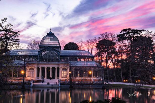 """Palacio de Cristal"""" del Parque del Retiro, Madrid, España"""